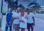 Jordy e Willy da colônia francesa Guadaloupe, no Caribe. Nossos estudantes do mês de julho/2014.